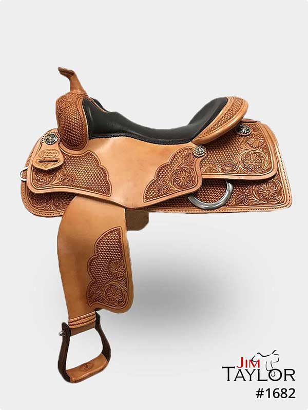 Tan reining western saddle